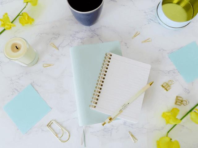 オフィス、デスク、仕事道具、文具